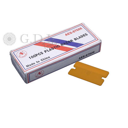 Picture of Plastic Razor Blades (100 Pack)